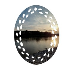 20180115 171420 Hdr Oval Filigree Ornament (two Sides)