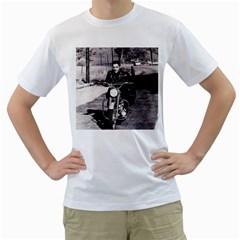 Elvis Presley Men s T Shirt (white)