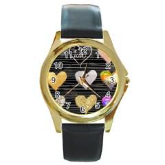 Modern Heart Pattern Round Gold Metal Watch