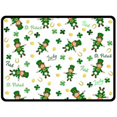 St Patricks Day Pattern Fleece Blanket (large)