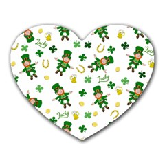 St Patricks Day Pattern Heart Mousepads