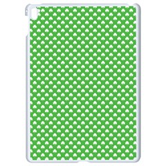 White Heart Shaped Clover On Green St  Patrick s Day Apple Ipad Pro 9 7   White Seamless Case