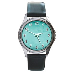 Wall 2507628 960 720 Round Metal Watch