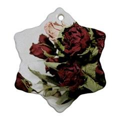 Roses 1802790 960 720 Ornament (snowflake)