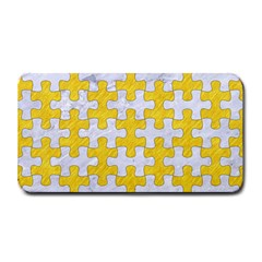 Puzzle1 White Marble & Yellow Colored Pencil Medium Bar Mats