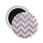 CHEVRON9 WHITE MARBLE & SAND (R) 2.25  Magnets Front