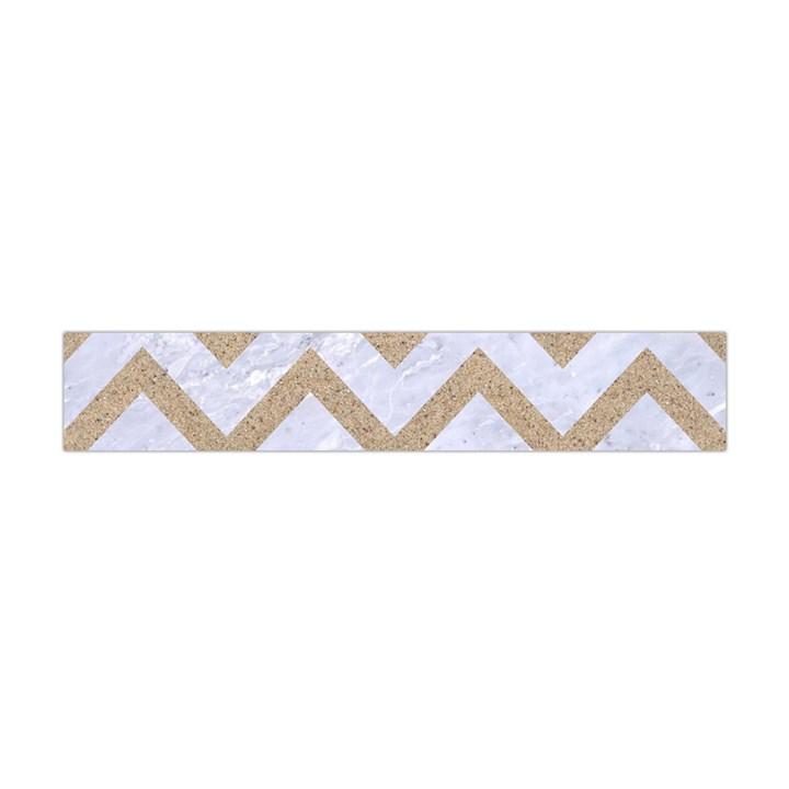CHEVRON9 WHITE MARBLE & SAND (R) Flano Scarf (Mini)