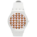 TRIANGLE2 WHITE MARBLE & RUSTED METAL Round Plastic Sport Watch (M) Front