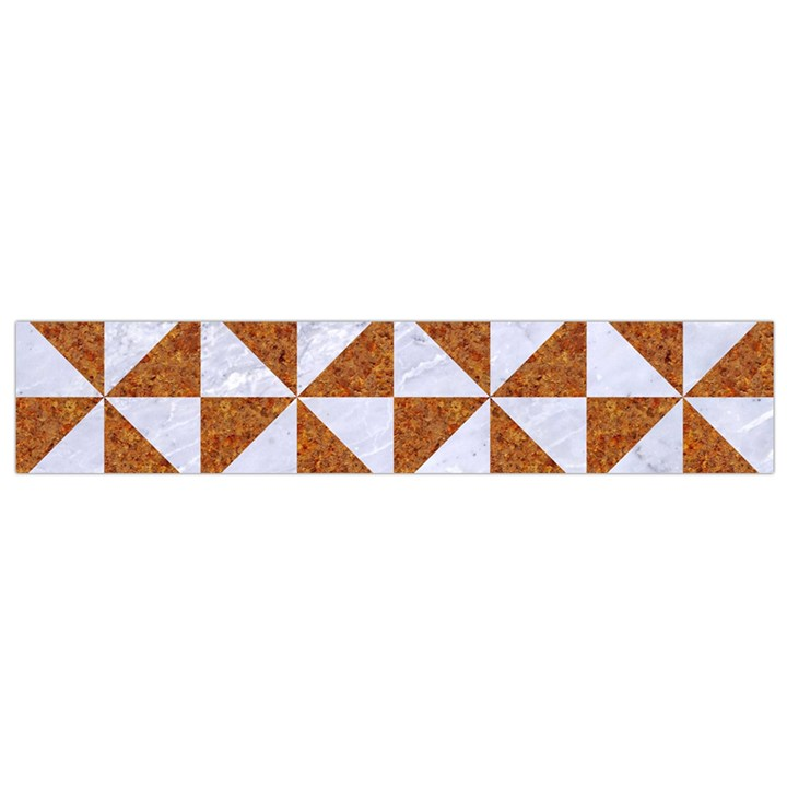 TRIANGLE1 WHITE MARBLE & RUSTED METAL Small Flano Scarf