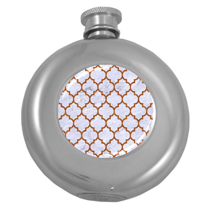 TILE1 WHITE MARBLE & RUSTED METAL (R) Round Hip Flask (5 oz)