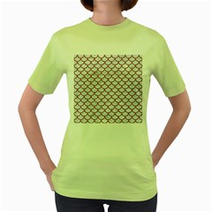 Scales1 White Marble & Rusted Metal (r) Women s Green T Shirt