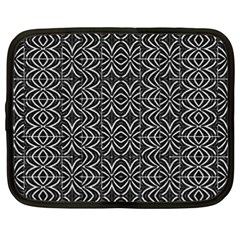 Black And White Tribal Print Netbook Case (xxl)