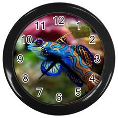 Mandarinfish 1 Wall Clocks (black)