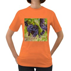 Grapes 4 Women s Dark T Shirt