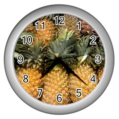 Pineapple 1 Wall Clocks (silver)