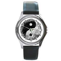 Grunge Yin Yang Round Metal Watch