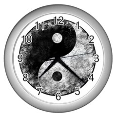 Grunge Yin Yang Wall Clocks (silver)