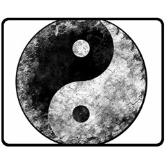 Grunge Yin Yang Fleece Blanket (medium)