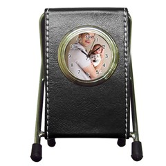 Father and Son Hug Pen Holder Desk Clock