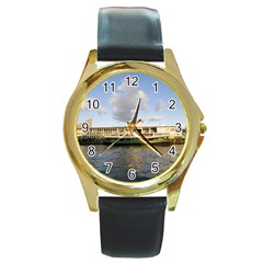 Hong Kong Ferry Round Gold Metal Watch