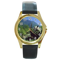 bear5 Round Gold Metal Watch