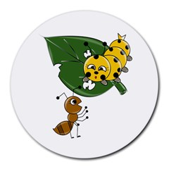 Animal World 8  Mouse Pad (Round)