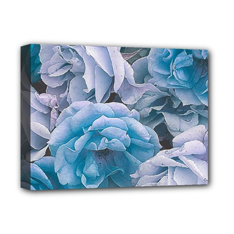 Great Garden Roses Blue Deluxe Canvas 16  X 12