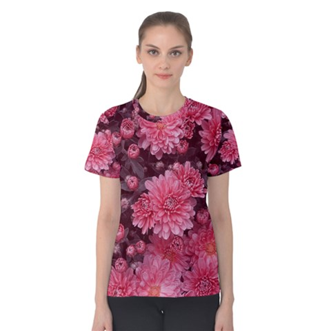Awesome Flowers Red Women s Cotton Tees by MoreColorsinLife