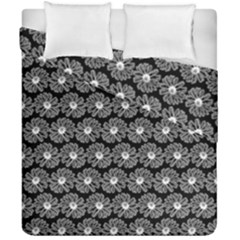 Black And White Gerbera Daisy Vector Tile Pattern Duvet Cover (double Size)