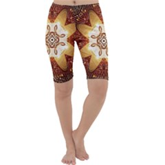 Elegant, Decorative Kaleidoskop In Gold And Red Cropped Leggings by FantasyWorld7