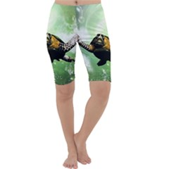 Beautiful Seaturtle With Bubbles Cropped Leggings
