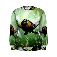 Beautiful Seaturtle With Bubbles Women s Sweatshirts