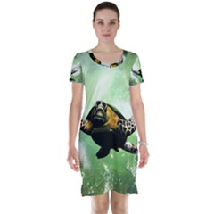 Beautiful Seaturtle With Bubbles Short Sleeve Nightdresses