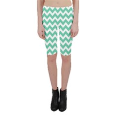 Chevron Pattern Gifts Cropped Leggings