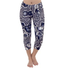 Reflective Illusion 04 Capri Winter Leggings