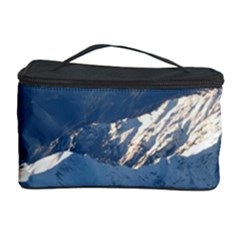 Mount Tapuaenuku Cosmetic Storage Cases by trendistuff
