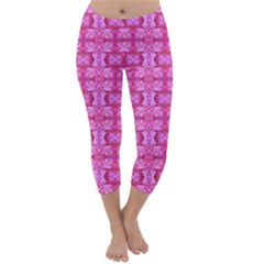 Pretty Pink Flower Pattern Capri Winter Leggings