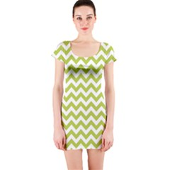 Spring Green And White Zigzag Pattern Short Sleeve Bodycon Dress by Zandiepants