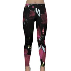 Mauve Pink Roses Yoga Leggings by timelessartoncanvas