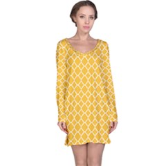 Sunny Yellow Quatrefoil Pattern Long Sleeve Nightdress by Zandiepants