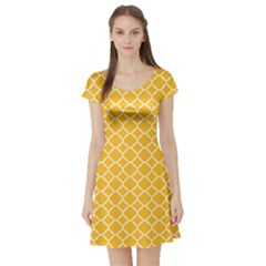Sunny Yellow Quatrefoil Pattern Short Sleeve Skater Dress by Zandiepants