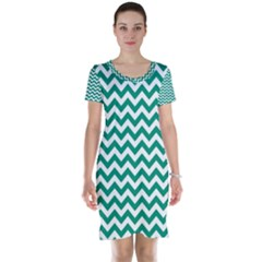 Emerald Green & White Zigzag Pattern Short Sleeve Nightdress by Zandiepants