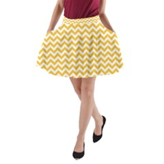 Sunny Yellow & White Zigzag Pattern A Line Pocket Skirt