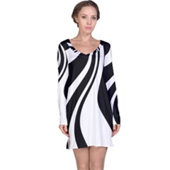 Black And White Pattern Long Sleeve Nightdress by Valentinaart