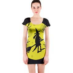 Halloween Witch - Yellow Moon Short Sleeve Bodycon Dress by Valentinaart