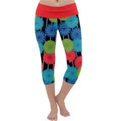 Vibrant Retro Pattern Capri Yoga Leggings