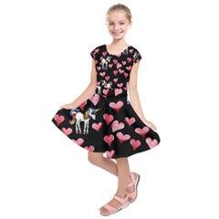 Retro Unicorns Heart Kids  Short Sleeve Dress by BubbSnugg