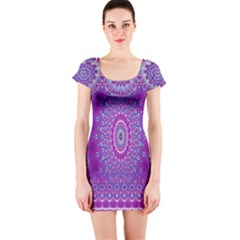 India Ornaments Mandala Pillar Blue Violet Short Sleeve Bodycon Dress