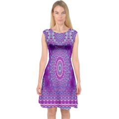 India Ornaments Mandala Pillar Blue Violet Capsleeve Midi Dress
