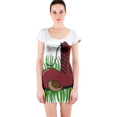 Boot In The Grass Short Sleeve Bodycon Dress